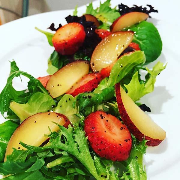 Summer Salads Recipes – Strawberry And Plum