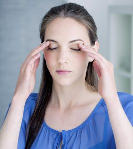 15 Exercises To Relax And Strengthen Your Eye Muscles