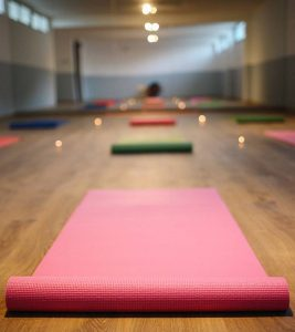 Top 8 Yoga Classes In Delhi