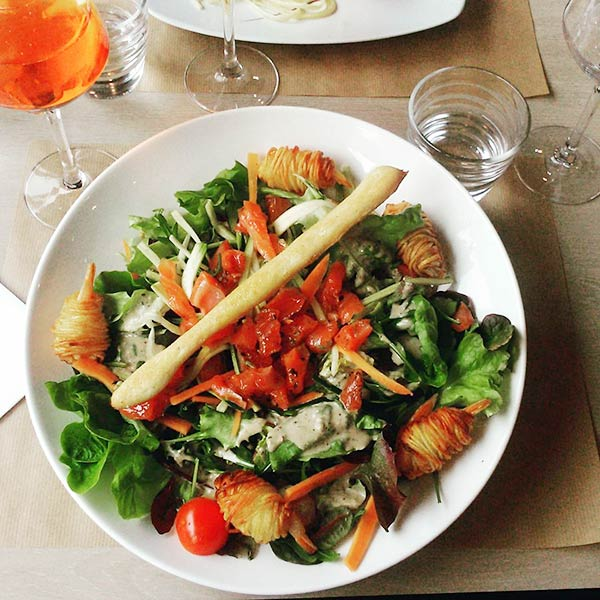 Chinese Salad Recipes - Chinese Salad With Fresh Tomatoes And Spinach