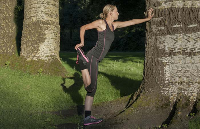 Knee Strengthening Exercises - Quadricep Stretch