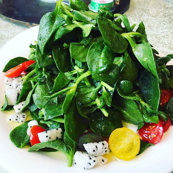 Chinese Salad Recipes - Dragonfruit & Baby Spinach Chinese Salad