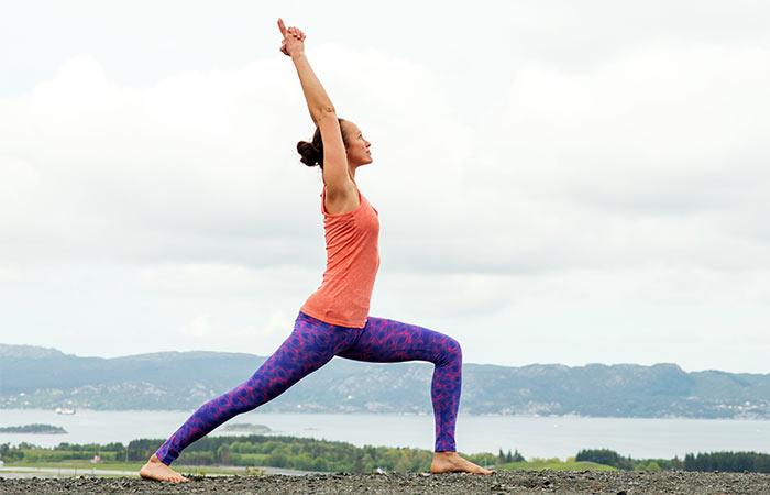 Basic-Yoga-Asanas-That-Will-Relieve-Fibromyalgia10