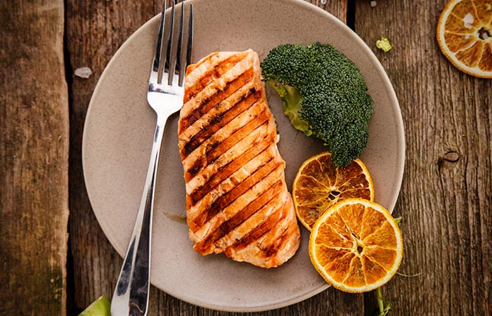 Grilled Salmon With Broccoli