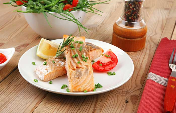 Grilled-Salmon-With-Chives