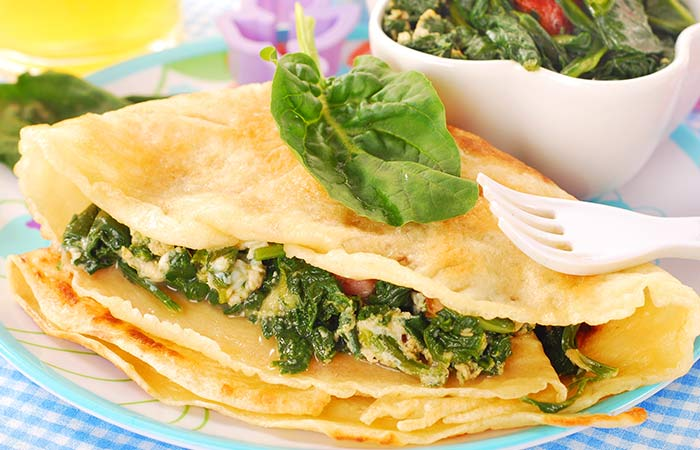 Spinach-Stuffed-Egg-Pockets-With-Celery