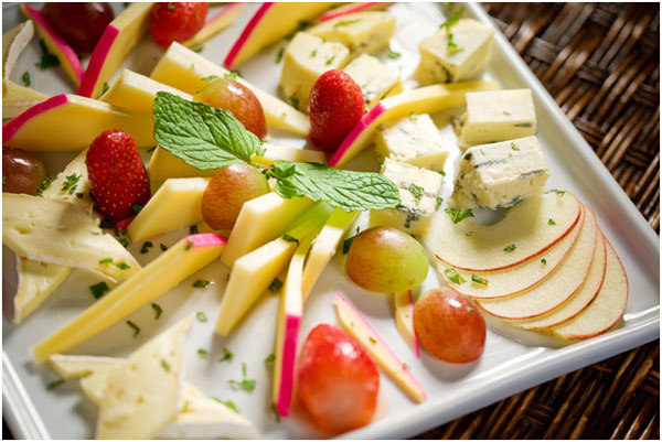 Winter Fruit Salad With Cheese