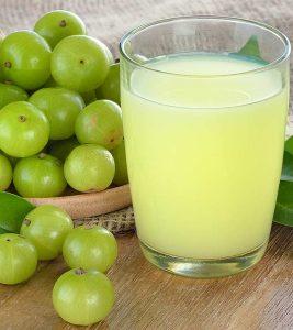 5 Effective Benefits Of Amla Juice For Weight Loss