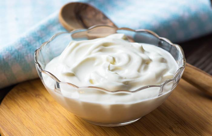 13.-Yogurt-For-Skin-Pores