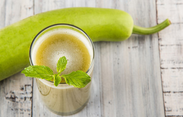 Juice Recipes For The 60-Day Juice Diet - Bottle Gourd, Apple, And Herbs Juice