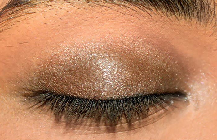 Summer Makeup - Step 2: Add Some More Eye Shadow
