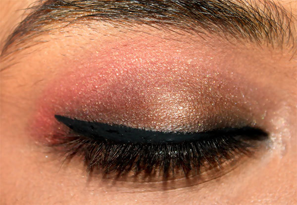 Create Cat Eye Look