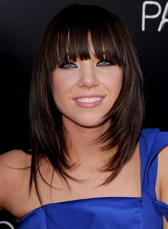 Fringed-and-Layered-Bob-with-Razored-Ends