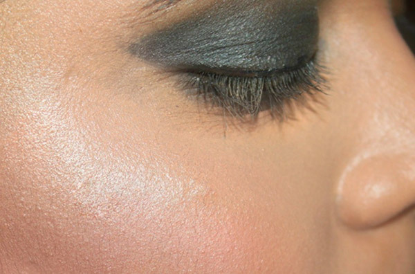 Get Glowing Skin Makeup