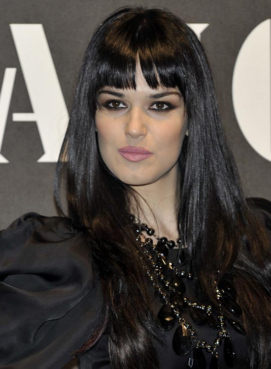 Long-Smooth-Layered-Locks-with-Fringes