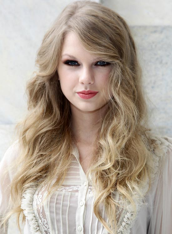 Soft-Airy-Waves-with-Side-Sweep