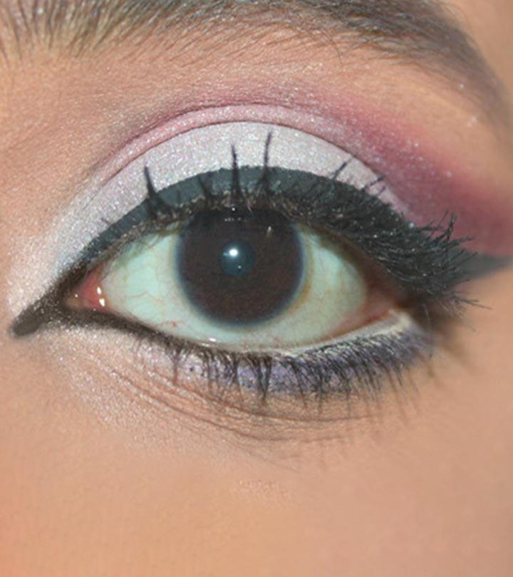 Stunning-Chinese-Eye-Makeup-–-Tutorial-Step-By-Step-With-Images