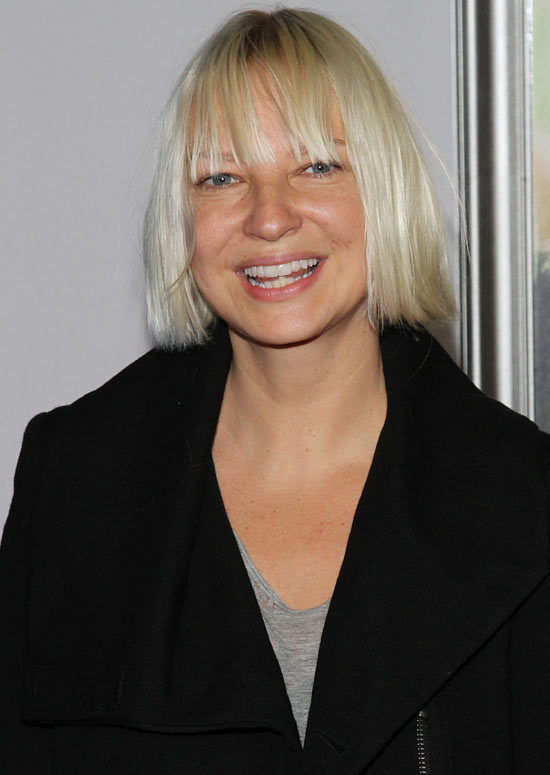 Super-Straight-Bob-with-Fringes