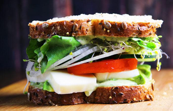 Vegetarian Breakfast Recipes - Tomato Spinach Mushroom Breakfast Sandwich