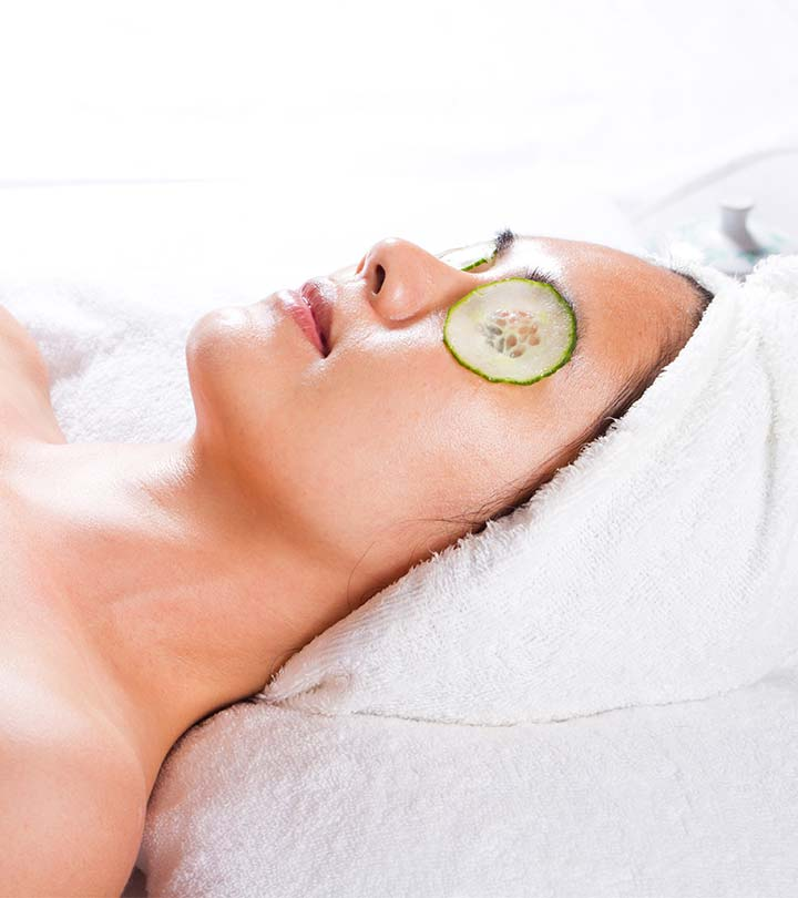 Diy refreshing homemade cucumber soaked eye mask solutioingenieria Gallery