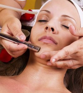 3 Types Of Electronic Facials And Their Benefits