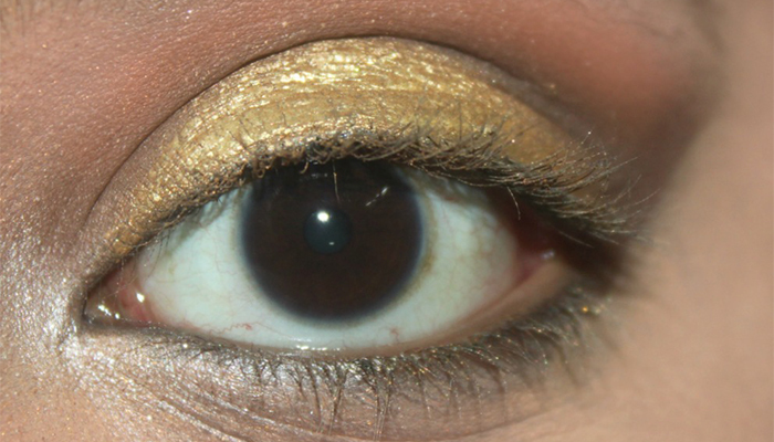 Animal Print Eye Makeup - Step 4: Give Better Dimension To Your Eyes