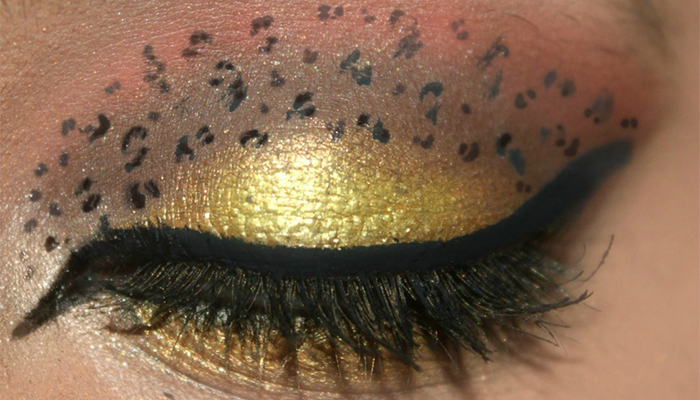 Animal Print Eye Makeup - Step 6: Create C Shaped Pattern Over The Crease