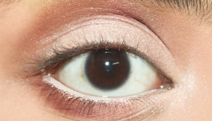 Beautiful Eye Makeup Inspired By Deepika Padukone (5)