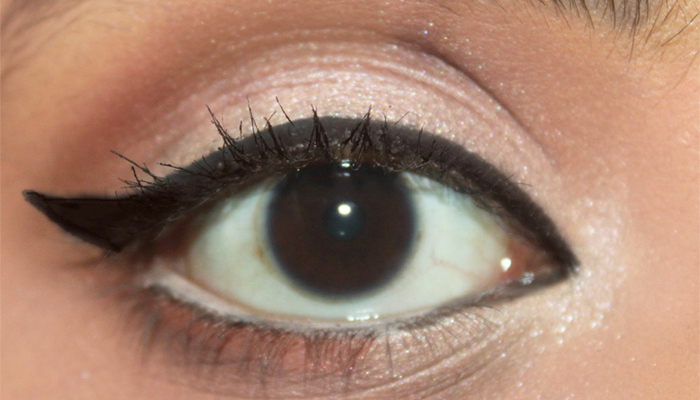 Beautiful Eye Makeup Inspired By Deepika Padukone (6)
