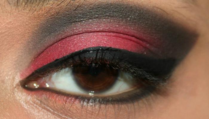 Red and Black Eye Makeup Look (8)