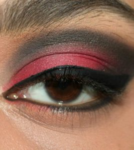 Stunning Red And Black Eye Makeup – Step By Step Tutorial With Image