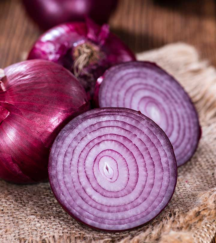 1154_3 Effective Ways To Use Onion For Weight Loss_iStock-490968800