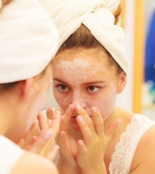7 Effective Home Remedies to Get Rid Of Oily Skin