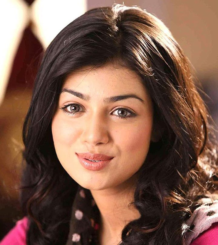18-Effective-Fitness,-Beauty-&-Makeup-Secrets-From-Ayesha-Takia