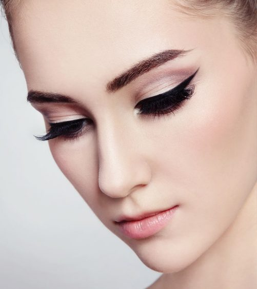 How to Create Perfect Winged Eyeliner?