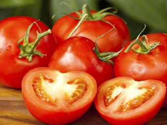 5241_10-Serious-Side-Effects-Of-Tomatoes