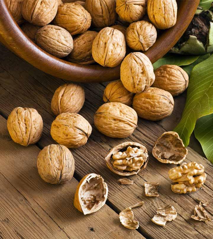 612_10 Dangerous Side Effects Of Walnuts_108615541