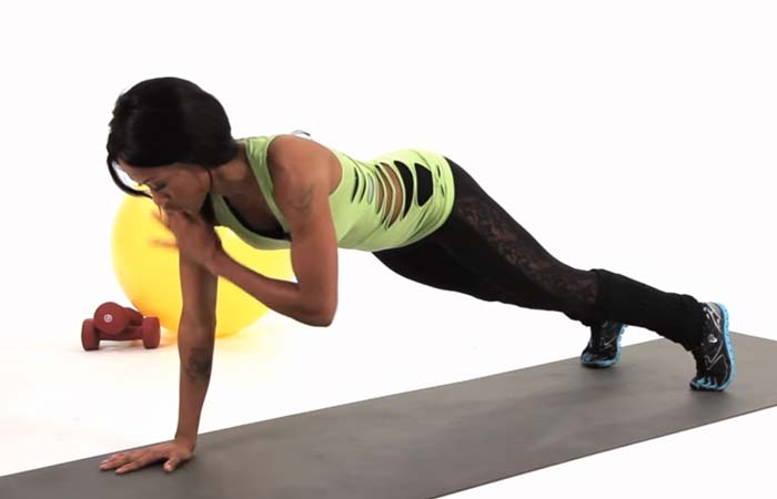 Best Plyometric Exercises - Plank Taps