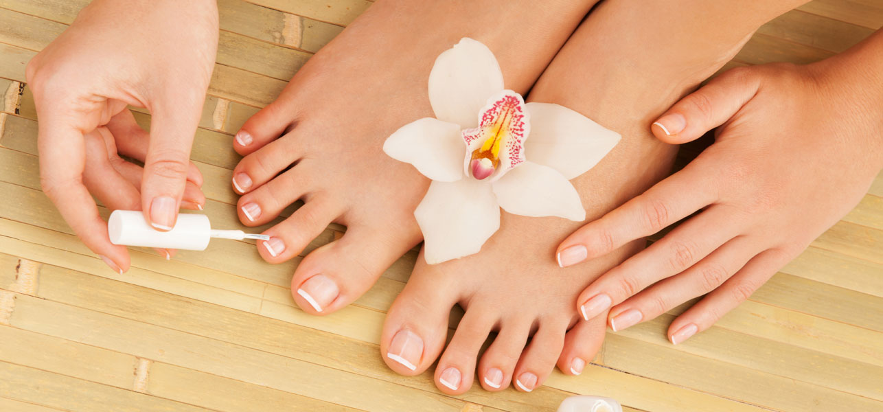 A French Pedicure At Home
