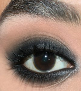 Anushka Sharma Inspired Eye Makeup  – A Step-By-Step Tutorial