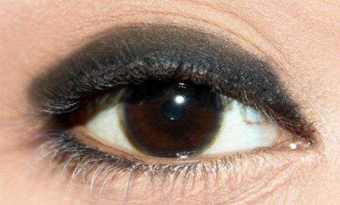 Anushka Sharma Inspired Eye Makeup Look Tutorial (2)