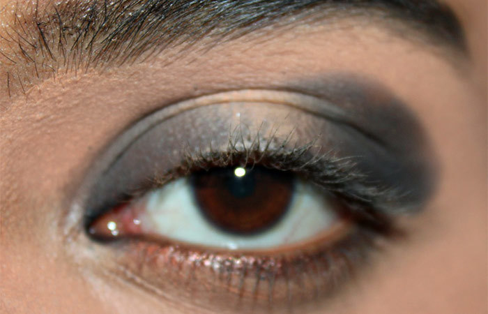 Black and White Eye Makeup Tutorial - Step 2: Smudge the Kajal