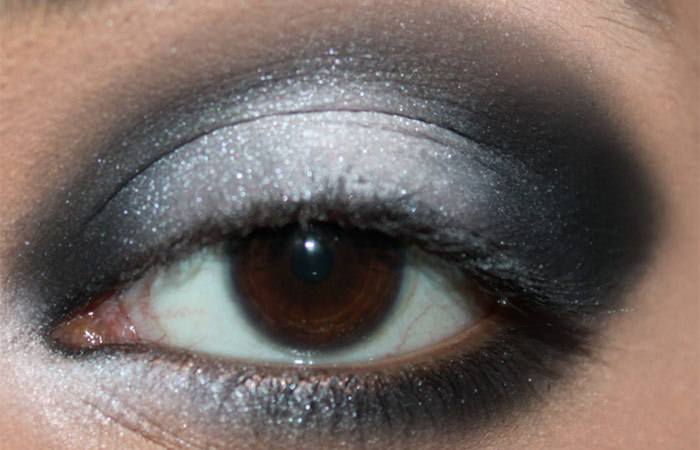 Black and White Eye Makeup Tutorial - Step 5: Soften the Edges of Eye Makeup
