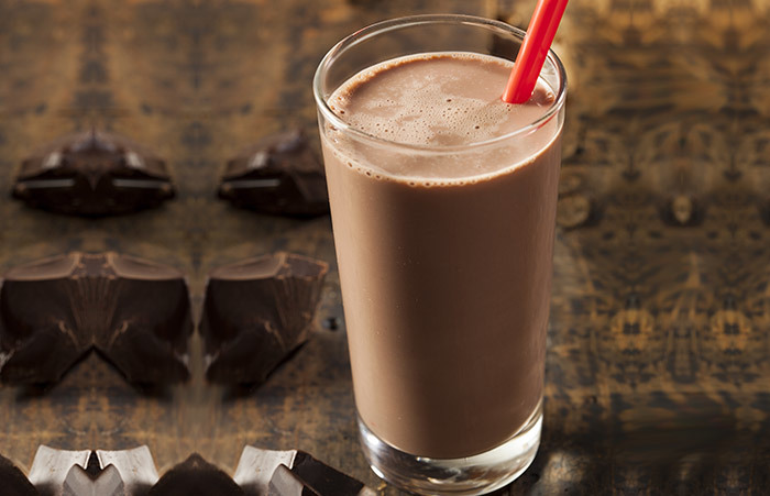 Healthy Breakfast For Weight Gain - Chocolate Milk Shake