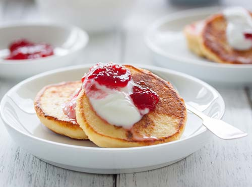 Cottage Cheese Pancake With Raspberry Jelly