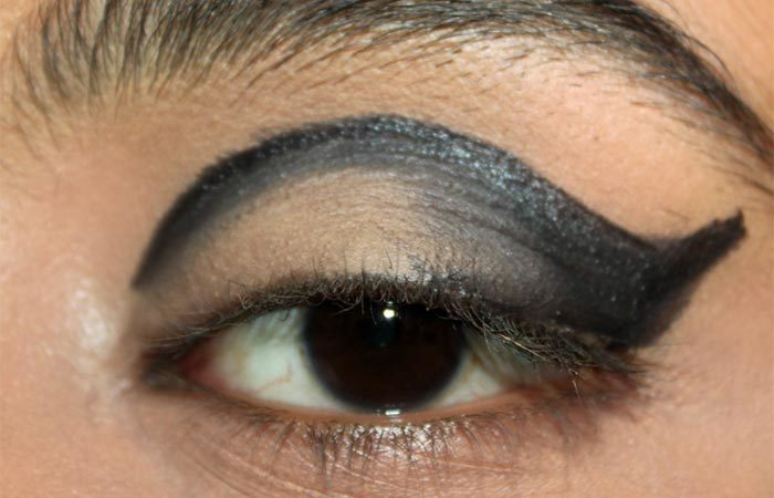 Cut Crease Arabic Eye Makeup Tutorial (4) - Arabic Eye Makeup