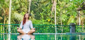 10 minute yoga routine to destress yourself