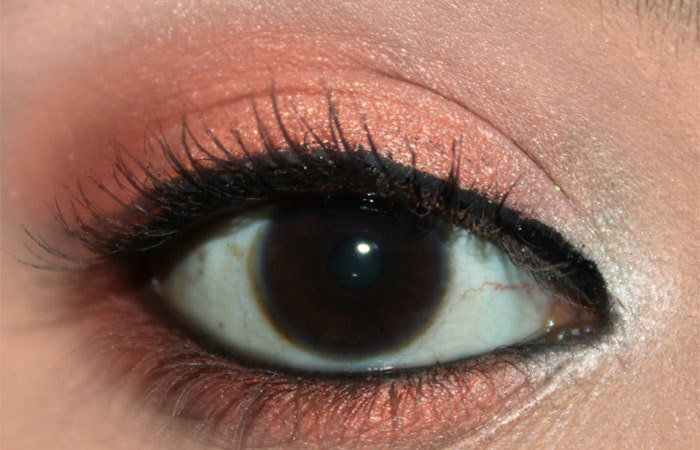 Fresh Coral Eye Makeup Look Tutorial (5)