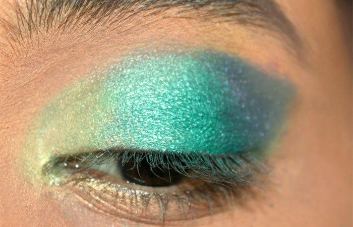 Green Ombre Eye Makeup Tutorial (3)