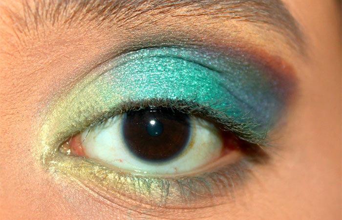 Green Ombre Eye Makeup Tutorial (5)